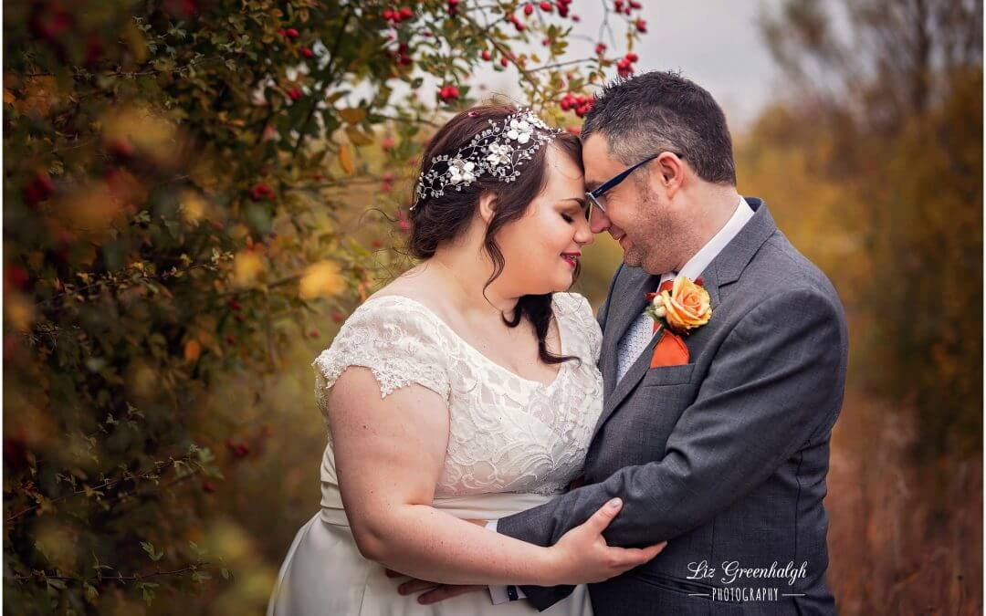 Cambridge Wedding Photographer | South Farm | Heidi & Andy Autumnal Wedding