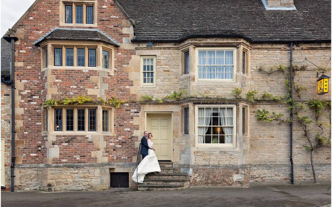 Cambridge Wedding Photographer | The Bell Inn